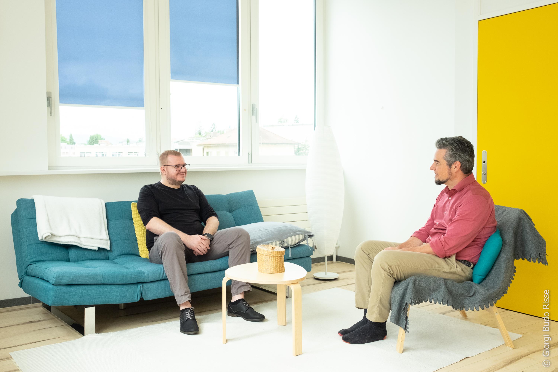 Séance de soutien psychologique entre un patient et un psychothérapeute